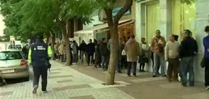 200 parados menos en Estepona